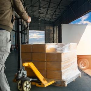 Une offre de véhicules industriels et utilitaires sur-mesure pour le transport, la logistique et le stockage